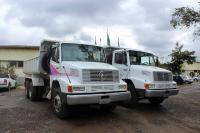Dois novos caminhões para o município